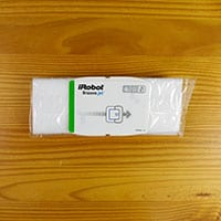 Dry cleaning pad included with the Braava Jet 240