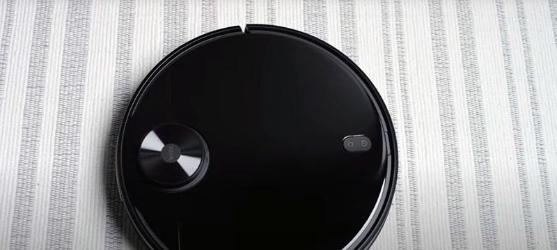 Wyze robot vaccum cleaning